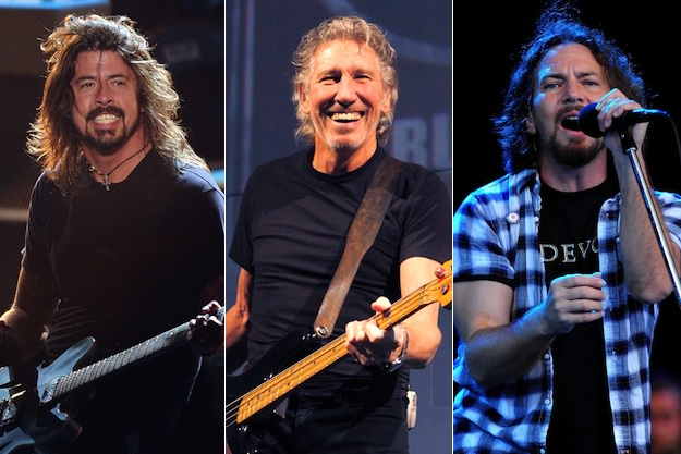 """Watch Foo Fighters Cover Pink Floyd's """"In the Flesh?"""""""
