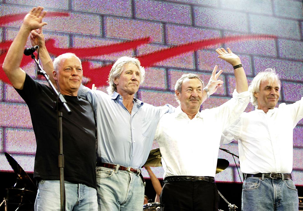 Flash New: Roger Waters and Nick Mason Say They'd Reunite With David Gilmour as Pink Floyd for Glastonbury Concert