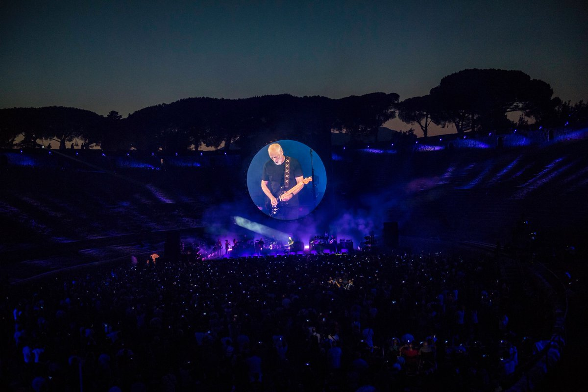 """Watch These Fresh Videos From """"POMPEII"""" of Gilmour's Night!"""