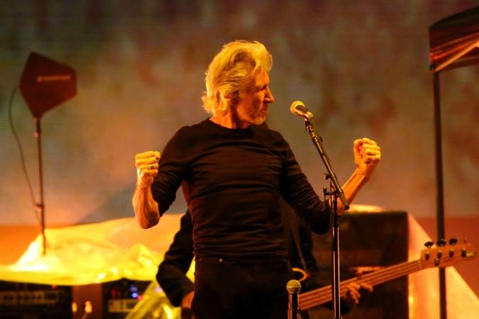 "Pink Floyd Former Frontman ""Roger Waters"" Criticises ""Donald Trump"", Praises Celtic FC Fans"