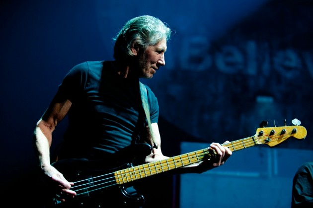 Roger Waters Announces Additional 2017 Tour Dates for The Us + Them North American Tour