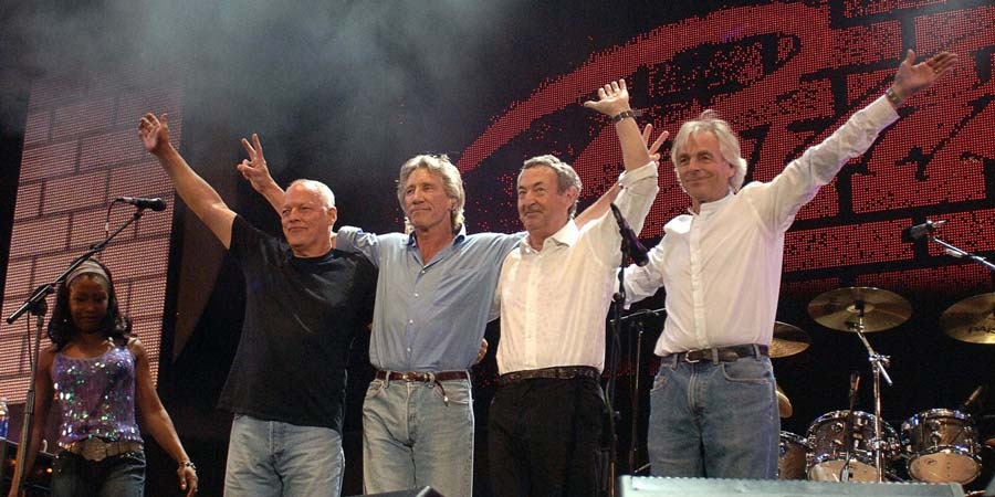 He Gives Shocking Answer About The Possibility Of Pink Floyd's Reunion Once Again!