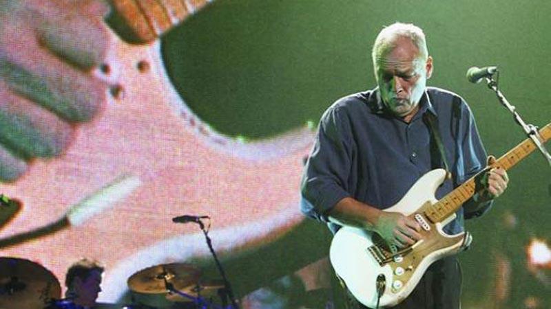 "Watch: David Gilmour's ""Comfortably Numb"" Arpeggios"